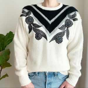 Vtg Graphic Black White Sweater Promptu Beaded M
